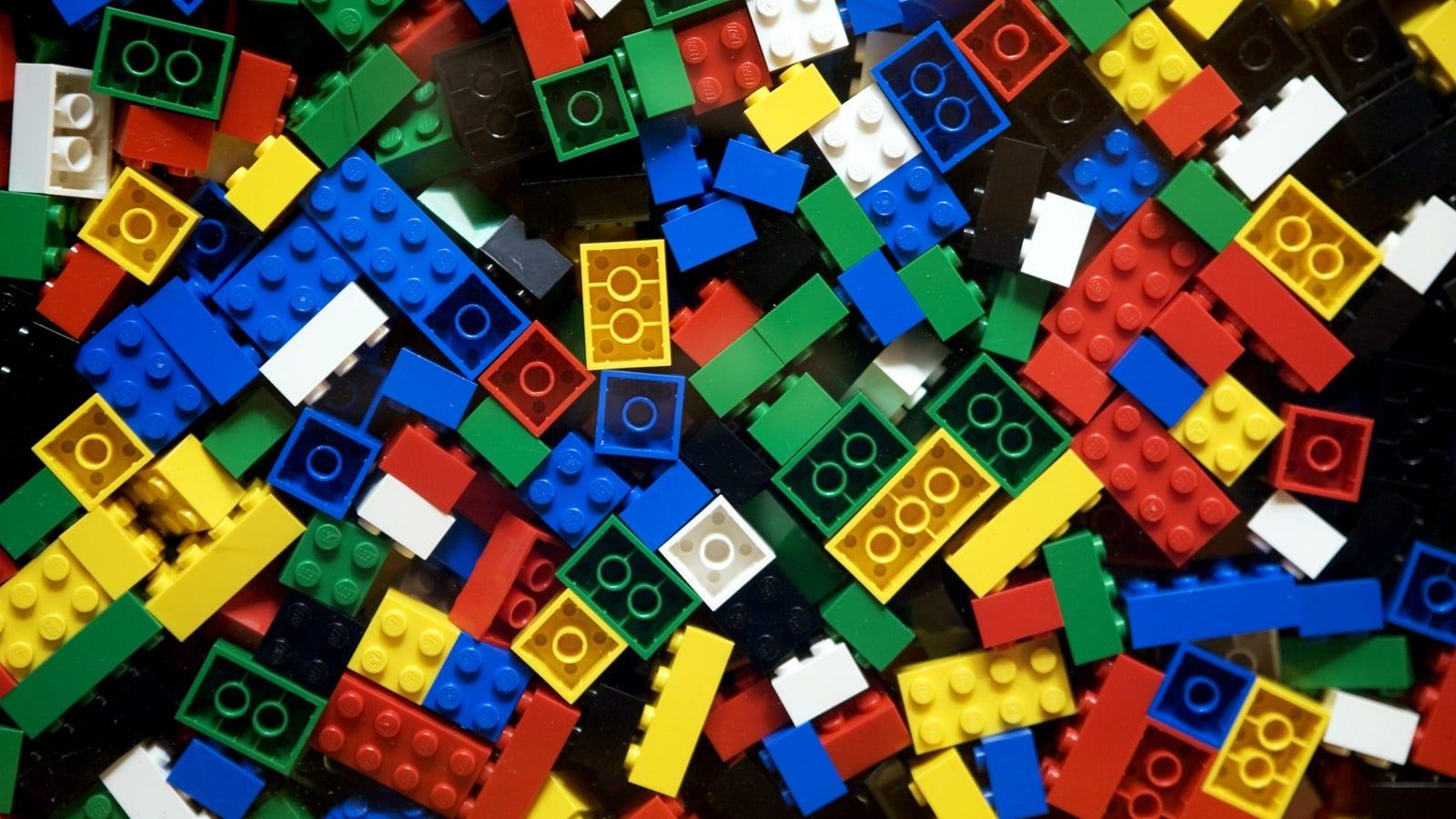 5 cosas útiles que puedes construir con los LEGO de tus hijos