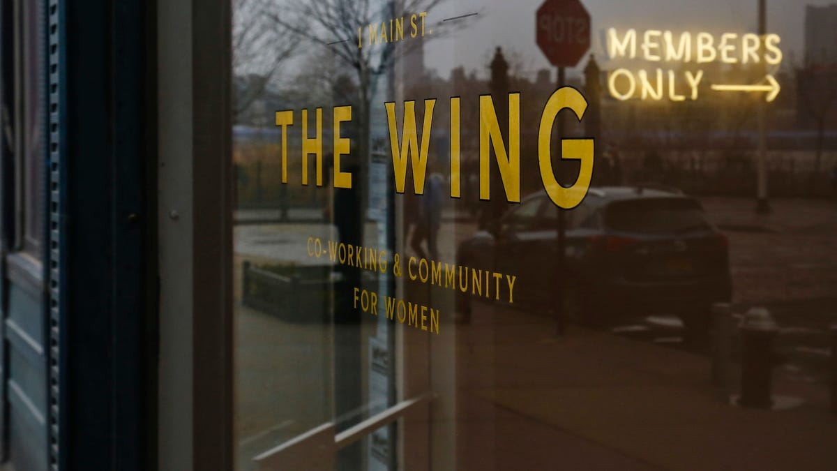 jezebel.com - Anna Merlan - The Wing Responds to Racist Incident at West Hollywood Location