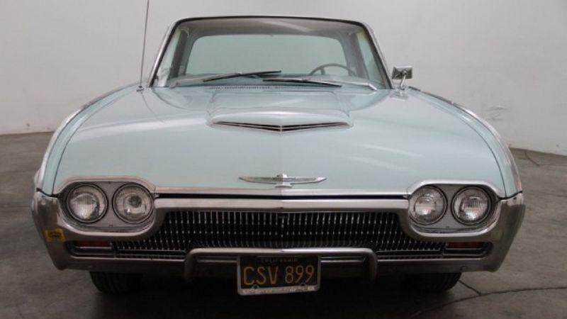 Illustration for article titled Joe Strummer's old-ass Thunderbird is on eBay