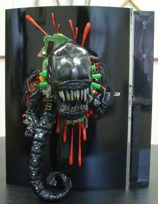 Illustration for article titled Alien Chestburster Finds Loving Host in PS3