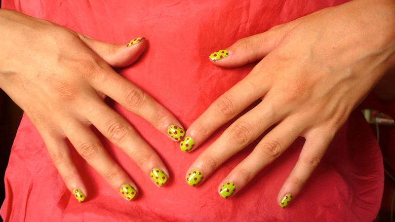 Illustration for article titled How To Do A Polka-Dot Manicure