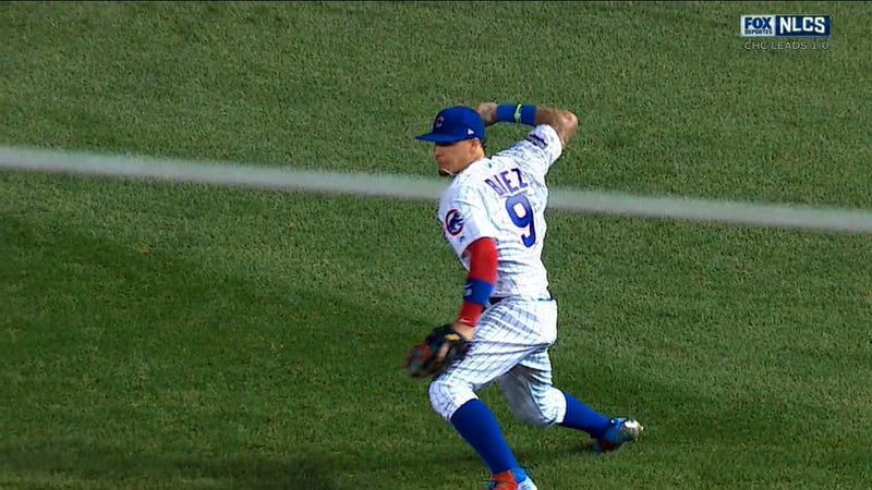 Illustration for article titled Baseball Genius Javier Baez Turns Soft Line Drive Into Two Outs