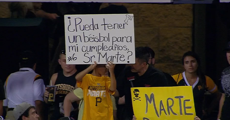 Illustration for article titled Little Pirates Fan Gets Baseball, Refuses To Put Down His Sign