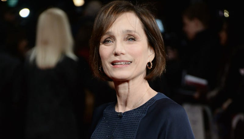 Illustration for article titled Kristin Scott Thomas Dons Dark Blue for The Invisible Woman Premiere
