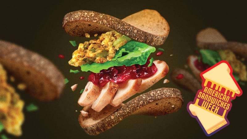 Illustration for article titled How to construct a superb Thanksgiving leftover sandwich