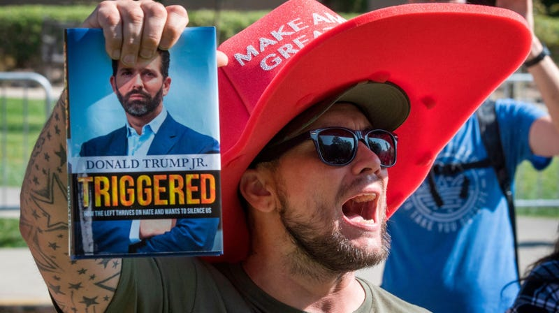 Illustration for article titled 'Triggered' By Hecklers, Donald Trump Jr. Bolts Book Signing Event