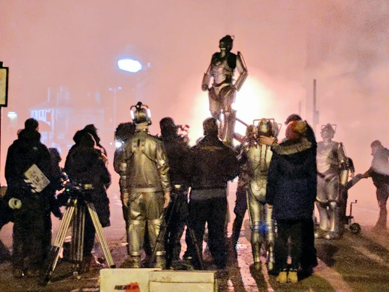 Illustration for article titled Set report filming confirms ALL THE CYBERMEN for the Doctor Who season finale.