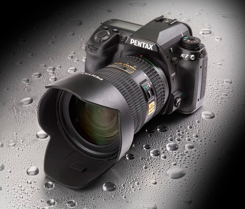 Illustration for article titled Pentax's Rugged, 720p-Shooting K-7 DSLR Will Cost $1300