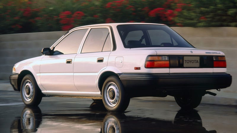 Illustration for article titled Tail Lights Stay On: '91 Corolla (Update)