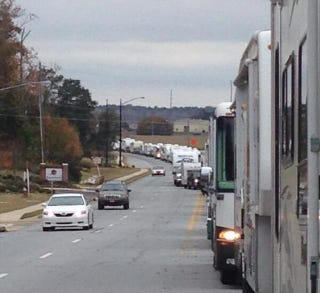 Illustration for article titled Auburn Fans Are Already Lining Up For Next Week's Iron Bowl