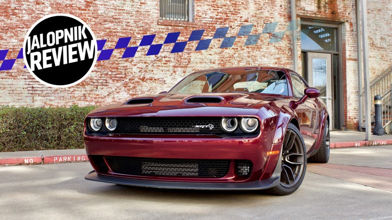 The 797-HP 2019 Dodge Challenger SRT Hellcat Redeye Proves Power