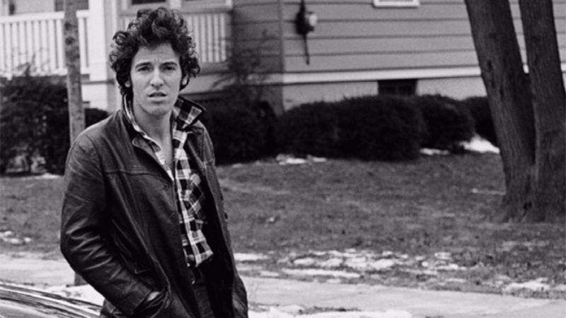 Illustration for article titled Bruce Springsteen to tell the few stories he hasn't told on stage in new autobiography