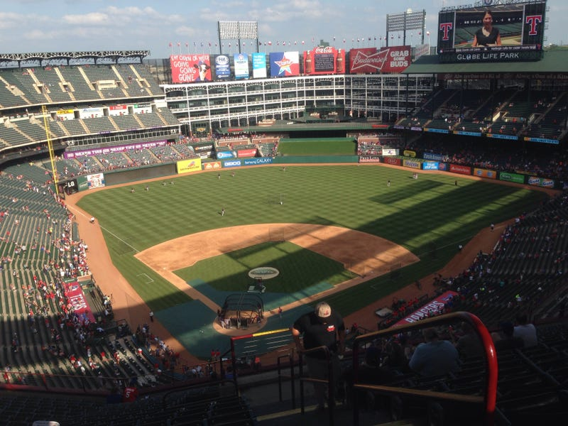 Illustration for article titled Baseball live from the heart of Texas.