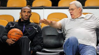 Illustration for article titled Phil Jackson Says Allegedly Mean Thing About Kobe Bryant In Language Resembling English