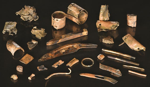 Discovery of Bronze Age Warrior's Kit Sheds New Light on an Epic Prehistoric Battle