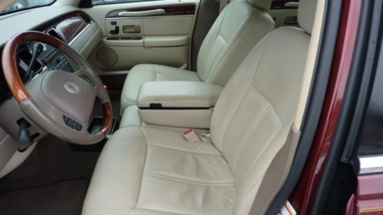 Paging Anyone With Crown Victoria And Town Car Seat Experience