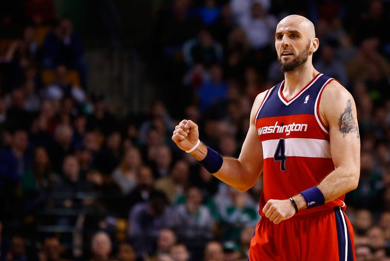 Illustration for article titled Marcin Gortat Wants The NBA To Allow Fighting