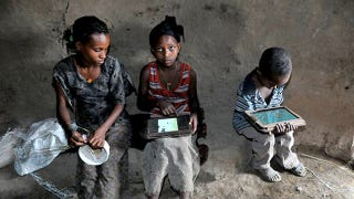 Illustration for article titled Ethiopian Kids Hack Their OLPC Tablets in 5 Months, With No Help