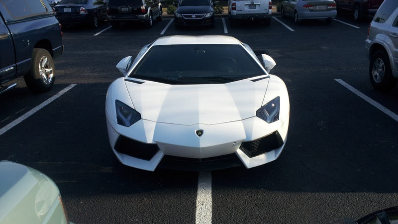 Illustration for article titled This Is Why People Think Lamborghini Aventador Drivers Are Asshats