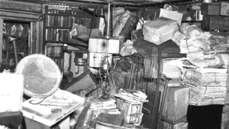 Illustration for article titled Read all about famous reclusive hoarders the Collyer Brothers