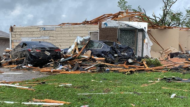 A Tornado Outbreak Ripped Across the South on Easter—and It s Not Over Yet
