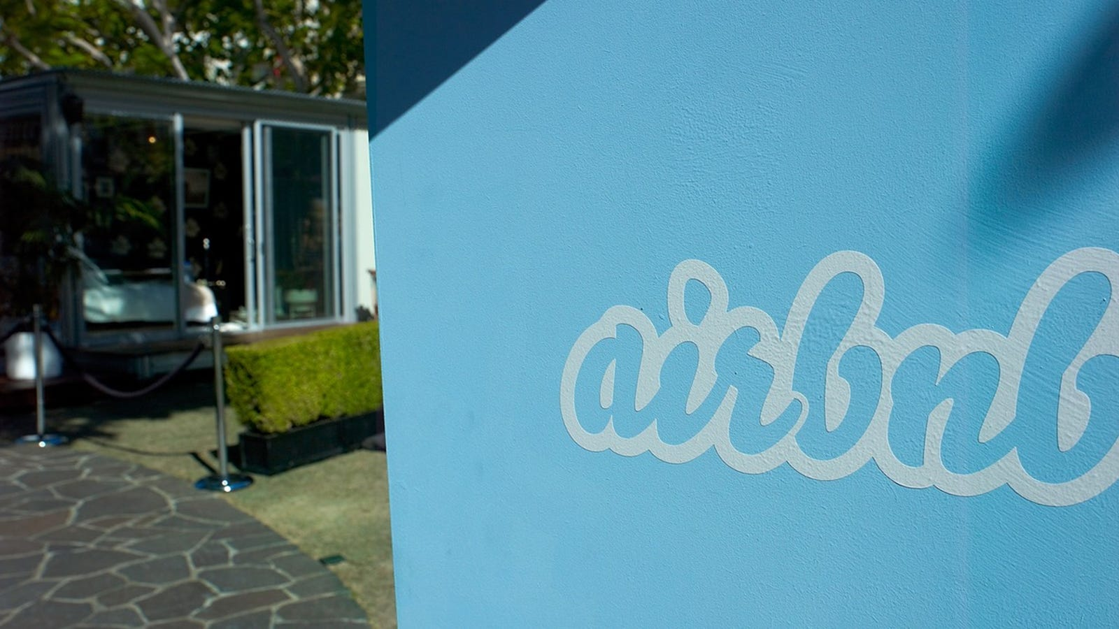 22 Official Complaints From People Who Got Royally Screwed On Airbnb