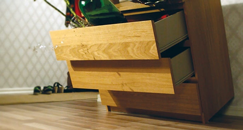 Ikea Is Discontinuing Some Malm Dressers, Recalling 27 ...