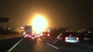 Illustration for article titled Gas tanker explosion creates terrifying, gigantic fireball