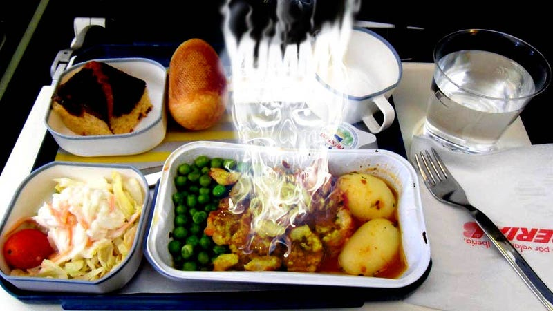 Illustration for article titled Airplane Food Finally Kills Someone, Says Lawsuit