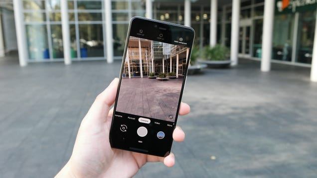 Google Pixel 3 Users Say the Phone's Best Feature is Borked Again
