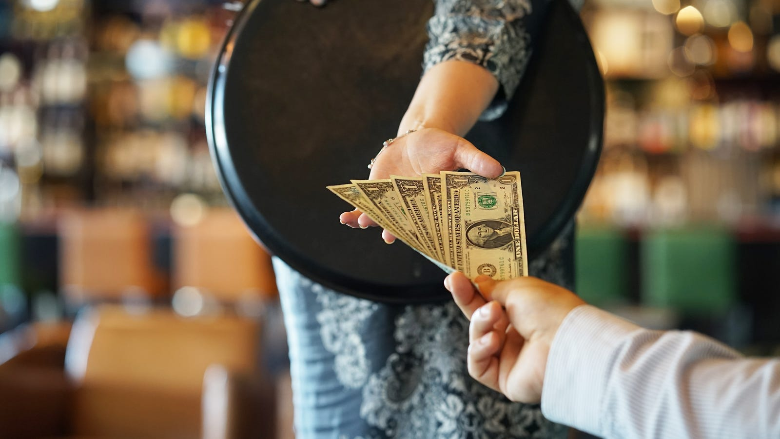 Ask The Salty Waitress: How can I make sure my server gets my tip?