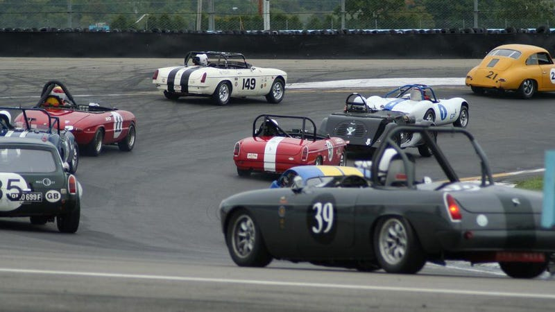Illustration for article titled COTD: Vintage Racing Edition