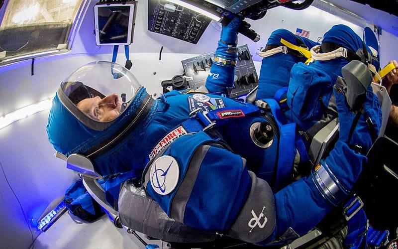 Trajes de la NASA salidos de Una odisea del espacio