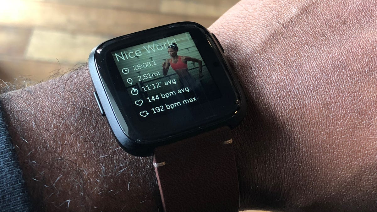 The Fitbit Versa Is the First Real Bargain Smartwatch