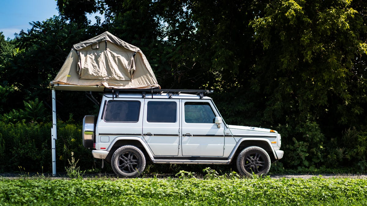 c1cfff06172 Using A Mercedes-Benz G-Wagen As A Camper Finally Gives It A Real Purpose