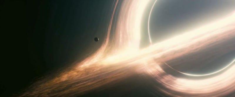 Por qué Interstellar no mostró un agujero negro realista: era confuso