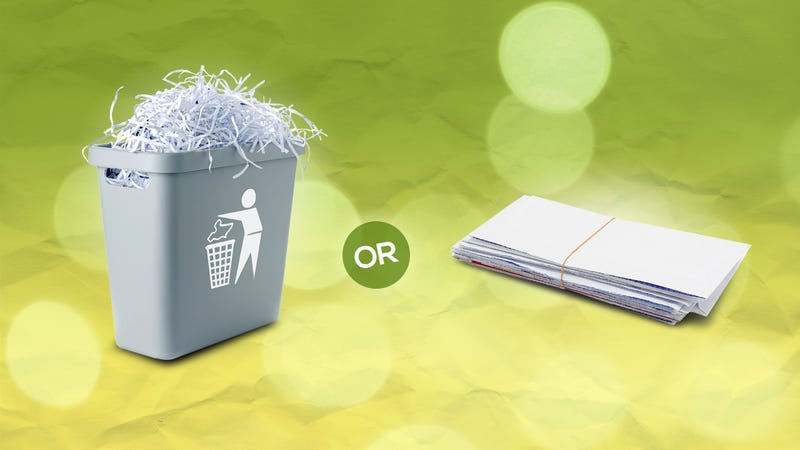 Illustration for article titled What Documents Should I Shred and What Should I Keep?