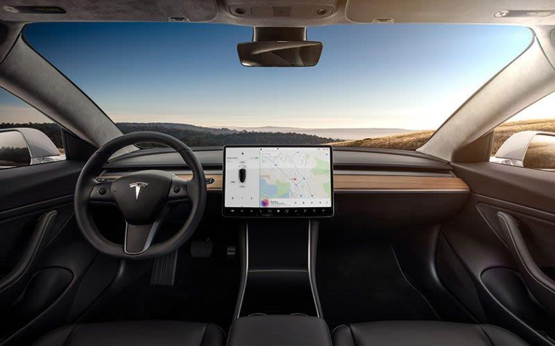Illustration for article titled Por qué hay una cámara orientada al conductor en el interior de todos los Model 3 de Tesla