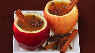 Illustration for article titled DIY Apple Cups for Cider or Applejack