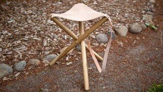 Illustration for article titled DIY Tripod Outdoor Stool