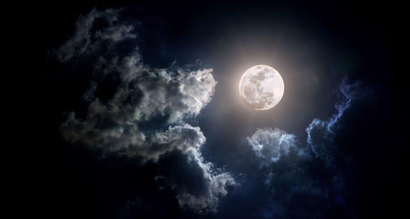 Illustration for article titled Cómo sacar buenas fotos a la Luna sin ser un experto en fotografía