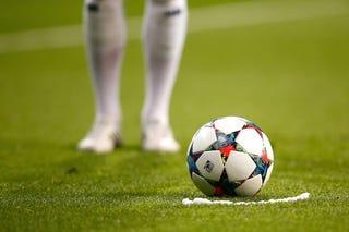 Illustration for article titled Szily szerint a Bayern jut tovább, szerintem a Barca, Inkeit nem érdekli