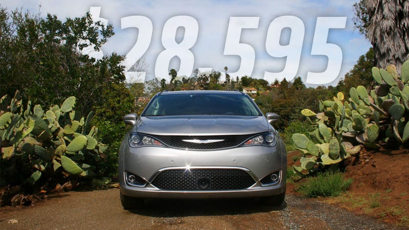 Illustration for article titled The 2017 Chrysler Pacifica Will Start At $28,595