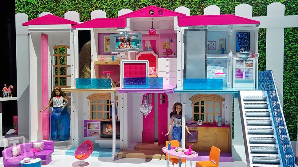 barbie now has an entire smart dream house that responds to kids rh gizmodo com