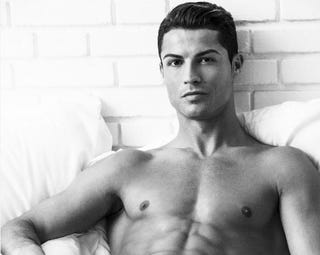 Illustration for article titled Cristiano Ronaldo Shills Underwear With His Dong