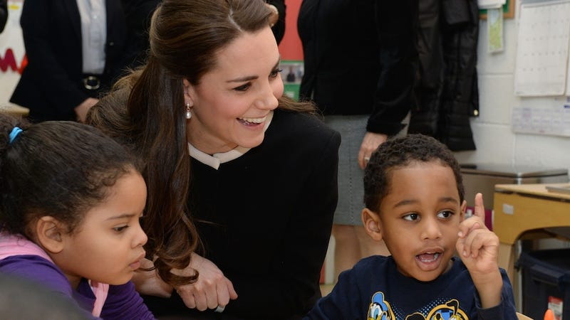 Illustration for article titled Kids Meeting Kate Middleton Assume She's a Princess from Frozen