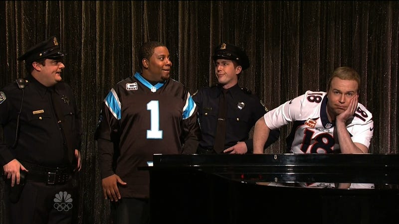 """Illustration for article titled SNL Lampoons Cam Newton & Peyton Manning's """"Ebony And Ivory"""""""