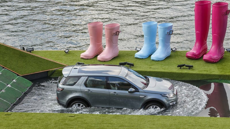 Illustration for article titled Land Rover Built A Floating Futuristic Mini-Golf Course To Off-Road On