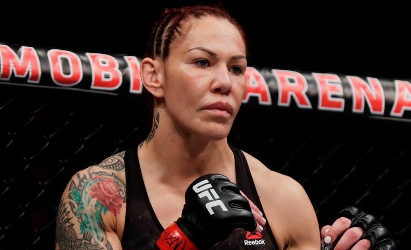 Illustration for article titled Cris Cyborg Calls Dana White A Bully As He Continues To Disparage Her After Win