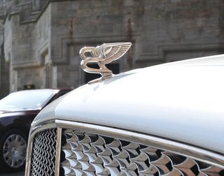 Illustration for article titled Bentleys Recalled Over Hood Ornament Crash Risk